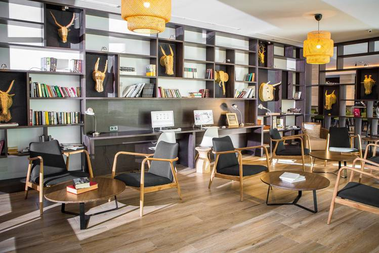 Bibliotek Hotell Cap Negret Altea, Alicante